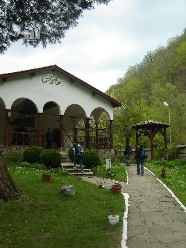 Осеновлашки манастир - Църквата  (Снимка 6 от 27)