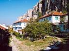Патриаршески манастир - Манастирските сградите