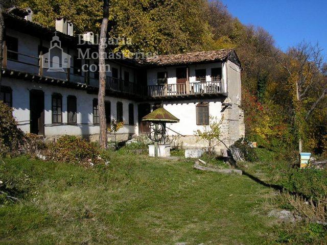 Преображенски манастир - Жилищни сграда (Снимка 6 от 29)