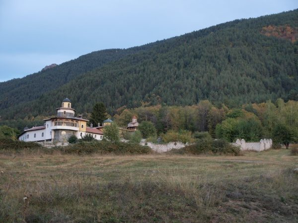 Ресиловски манастир (Снимка 1 от 29)