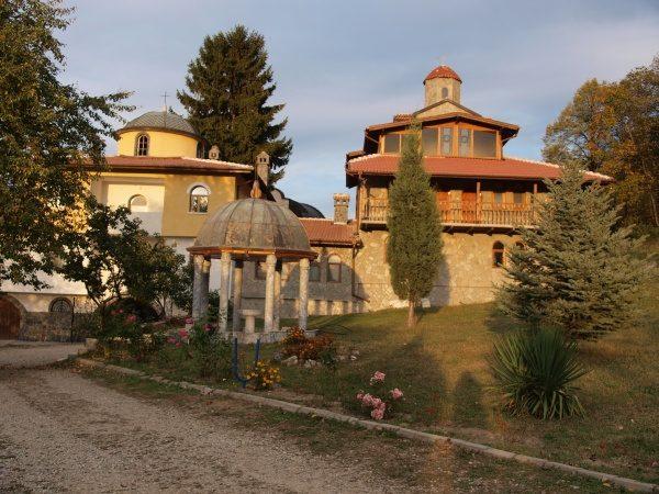 Ресиловски манастир (Снимка 26 от 29)