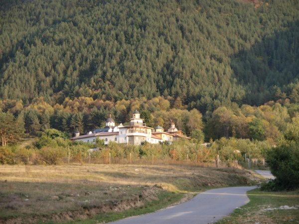 Ресиловски манастир (Снимка 29 от 29)