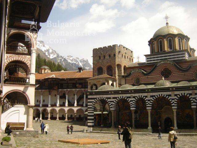 Рилски манастир (Снимка 2 от 51)
