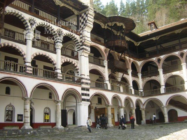 Рилски манастир (Снимка 24 от 51)