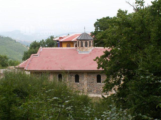 Руенски манастир (Снимка 5 от 19)