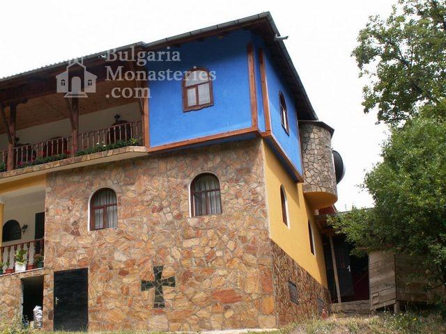 Руенски манастир (Снимка 8 от 19)