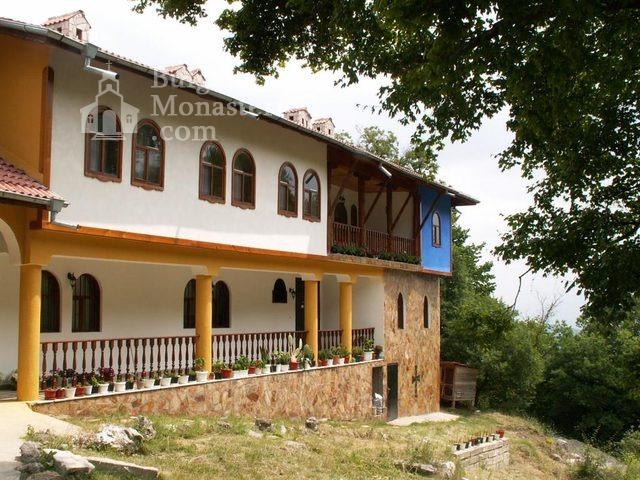 Руенски манастир - Жилищна сграда (Снимка 9 от 19)