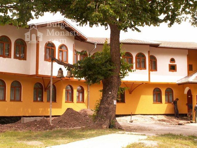 Руенски манастир - Жилищна сграда (Снимка 10 от 19)