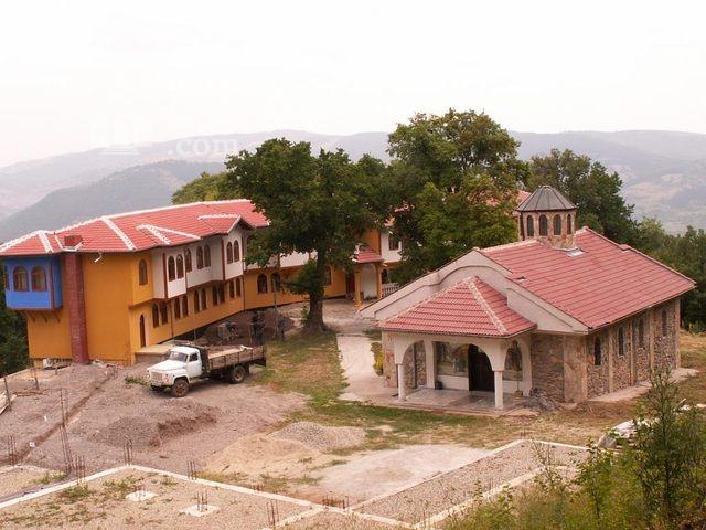 Руенски манастир - Комплексът (Снимка 2 от 19)
