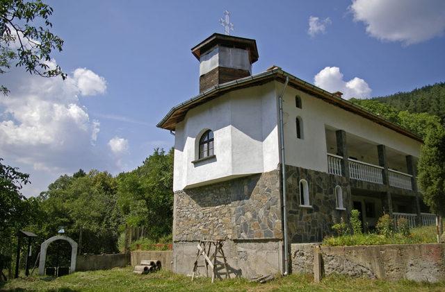 Сапаревобански манастир (Снимка 1 от 6)
