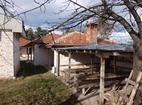 Смолянски манастир - Вътрешен двор и жилищни сгради
