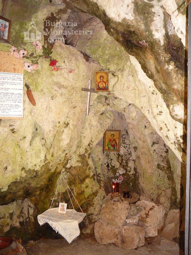 Соколски манастир (Снимка 24 от 40)