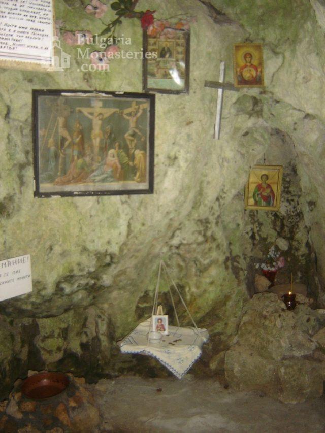 Соколски манастир (Снимка 35 от 40)