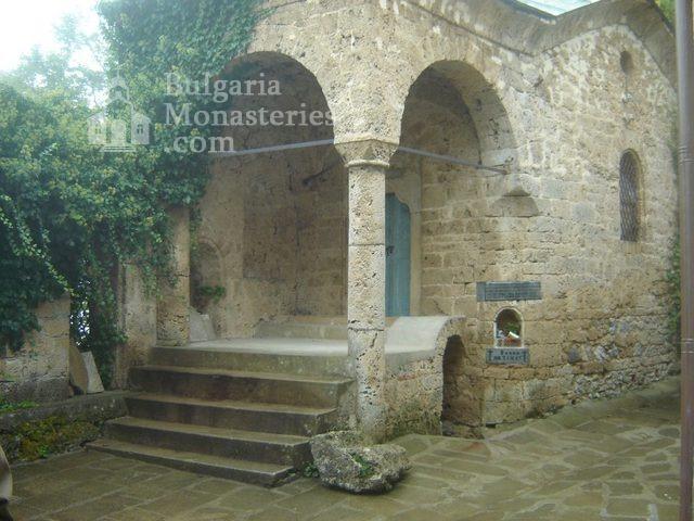 Соколски манастир (Снимка 37 от 40)