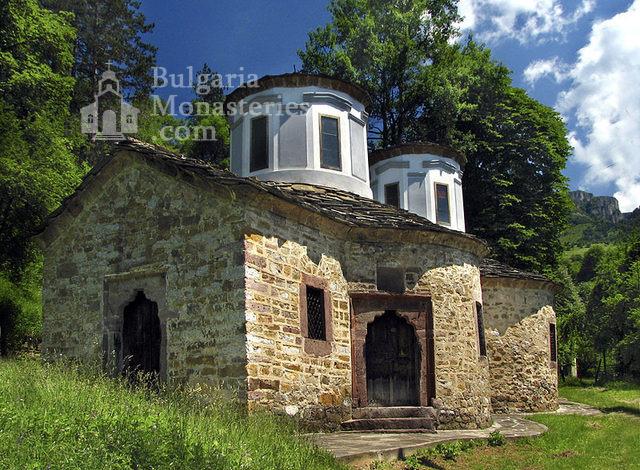 Тетевенски манастир (Снимка 1 от 6)