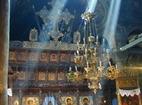 Троянски манастир - Жътрешността на църквата