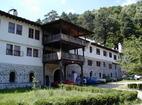 Троянски манастир - Комплексът от вън