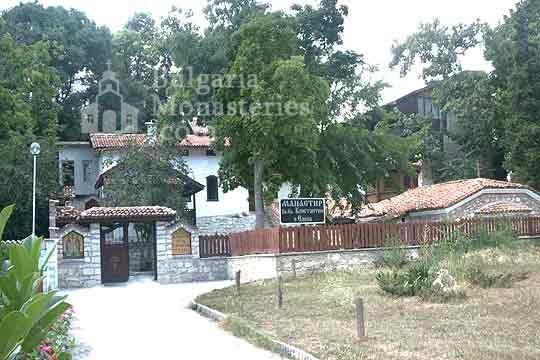 Варненски манастир (Снимка 1 от 15)
