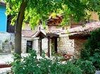 Варненски манастир - Манастирският двор