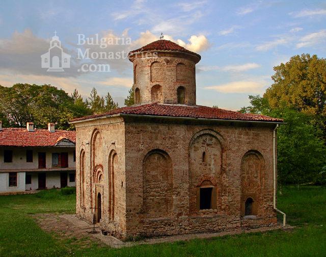 Земенски манастир (Снимка 1 от 27)