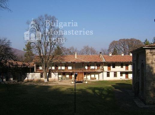 Земенски манастир - Жилищната сграда (Снимка 20 от 27)