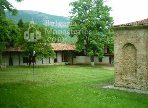 Земенски манастир - Комплексът (Снимка 16 от 27)