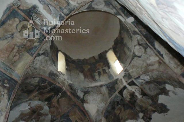 Земенски манастир - Купола на църквата (Снимка 19 от 27)