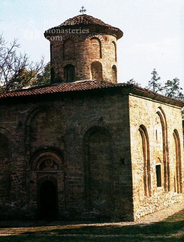 Земенски манастир - Църквата