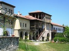 Arapovski Monastery �St. Nedelya� - The complex from inside