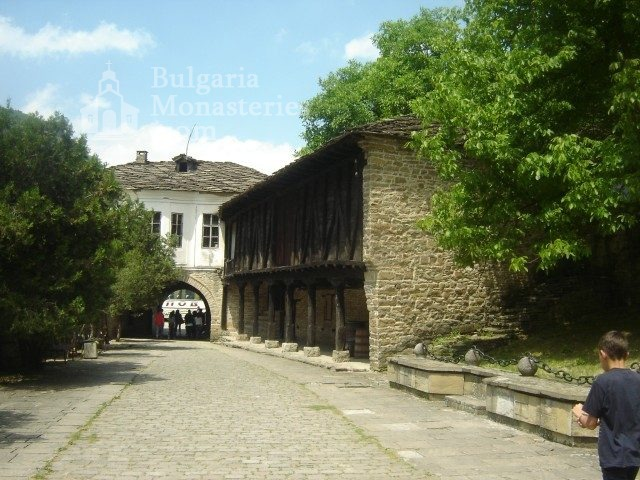 Dryanovo Monastery - The courtyard of the monastery (Picture 10 of 22)