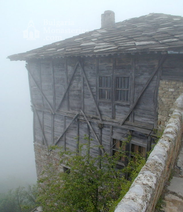 Glozhene Monastery (Picture 11 of 33)