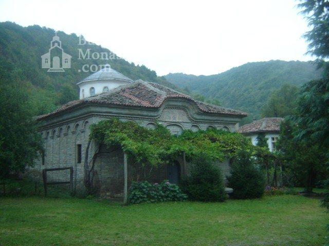 Kilifarevo Monastery (Picture 20 of 23)
