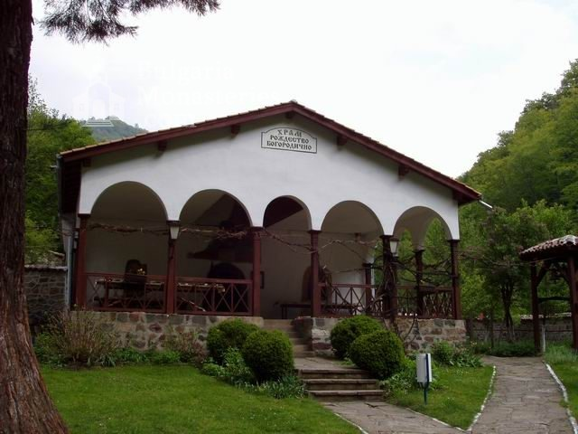 Osenovlashki Monastery (Picture 21 of 27)