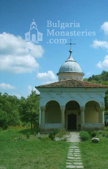 Plakovski Monastery (Picture 6 of 12)