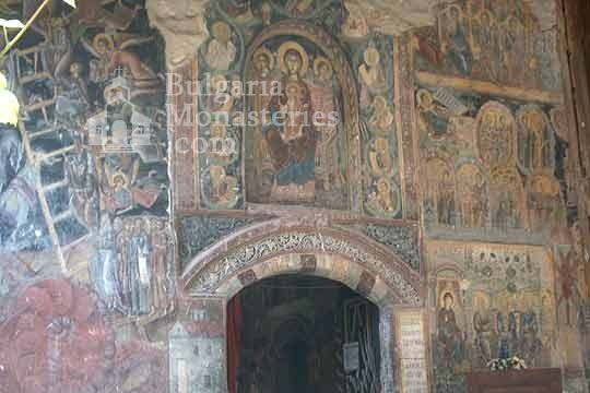 Rozhen Monastery - Frescoes (Picture 10 of 16)