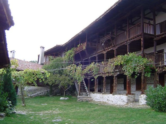 Rozhen Monastery - The courtyard (Picture 5 of 16)