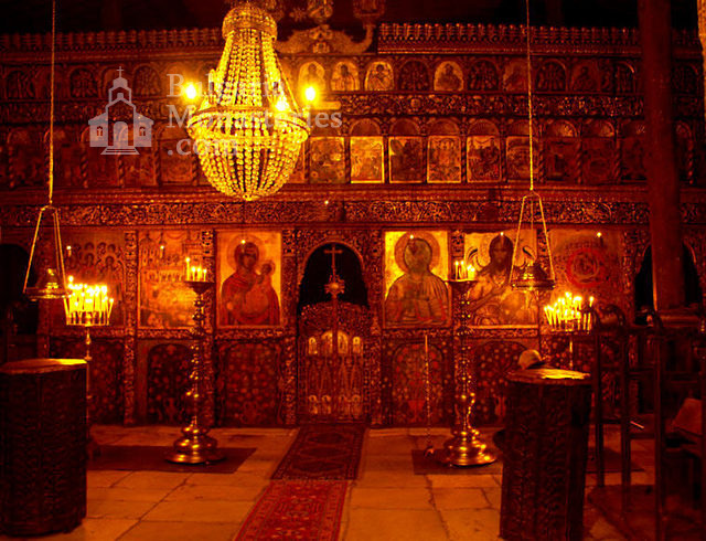Rozhen Monastery - The iconostasis in the church (Picture 7 of 16)