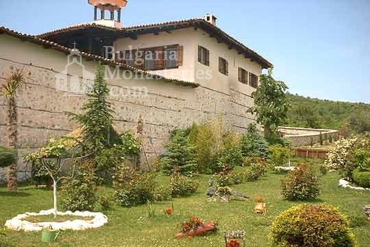 Rozhen Monastery - The monastery from the outside (Picture 8 of 16)