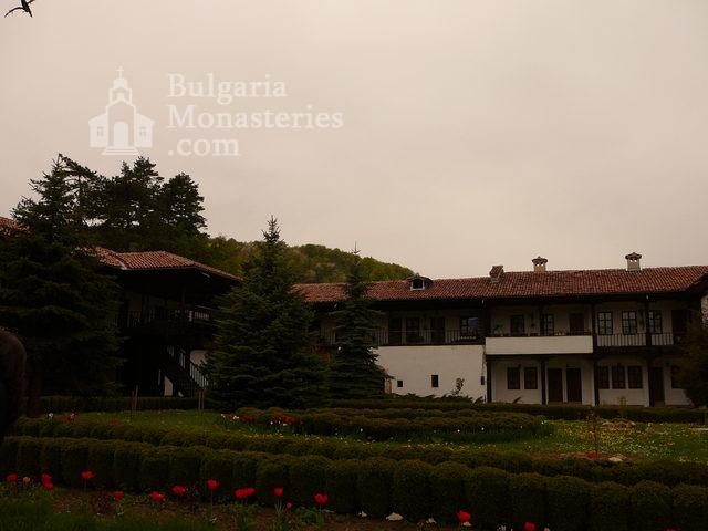 Sokolski Monastery (Picture 26 of 40)