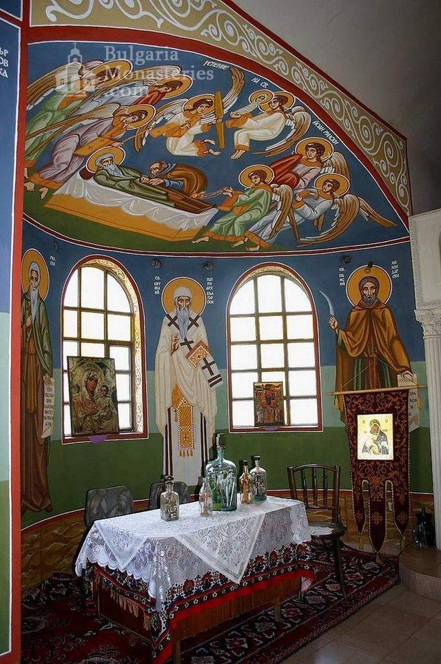 Айдемирски манастир - Стенописите в църквата (Снимка 9 от 11)