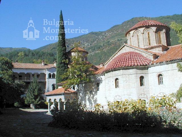 Бачковски манастир  (Снимка 8 от 30)