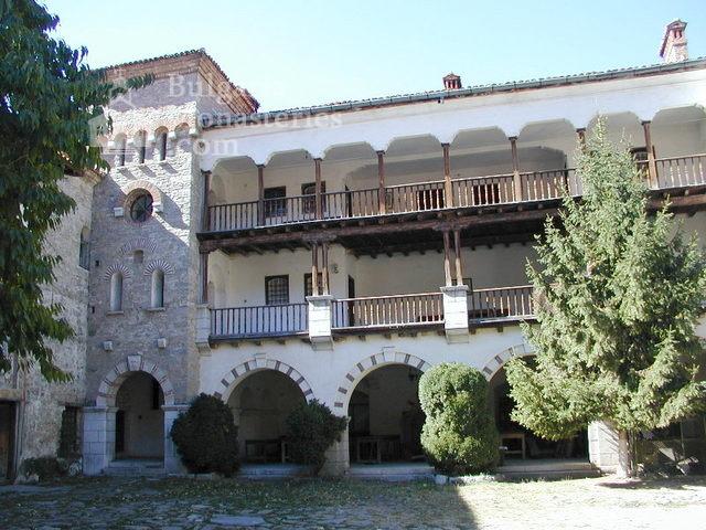 Бачковски манастир  (Снимка 9 от 30)