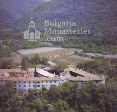 Бачковски манастир  - Изглед към манастира (Снимка 27 от 30)