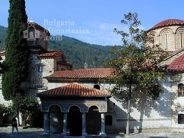 Бачковски манастир  - Църквата ,,Св. Богородица