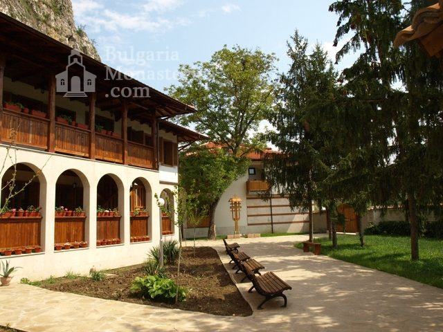 Басарбовски манастир (Снимка 31 от 34)