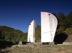 Батулийски манастир - Паметник по пътя до манастира