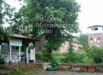 Чипровски манастир (Снимка 12 от 18)