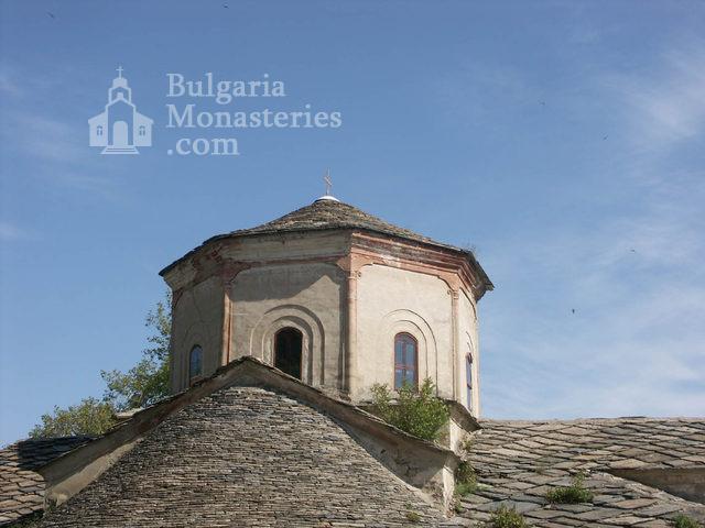 Горноводенски манастир - Куполът на църквата (Снимка 8 от 20)
