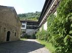 Горноводенски манастир - Манастирският двор