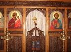 Градешки манастир - Иконостасът в църквата